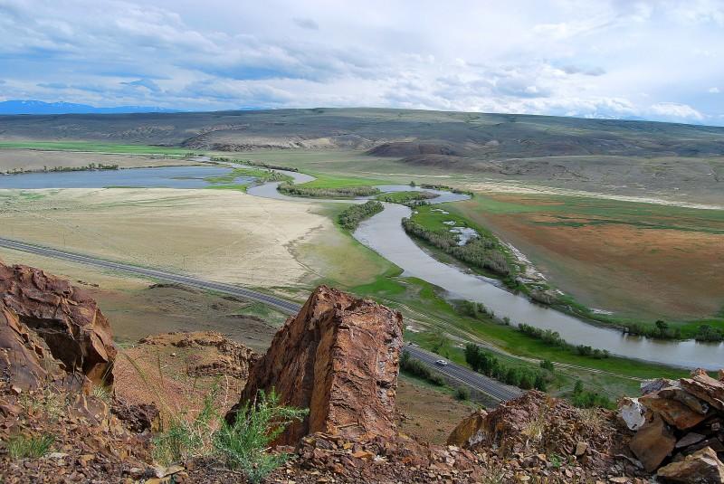 Чуйский тракт и река Чуя. Алтай