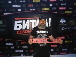 Черный маг на боксе )))))