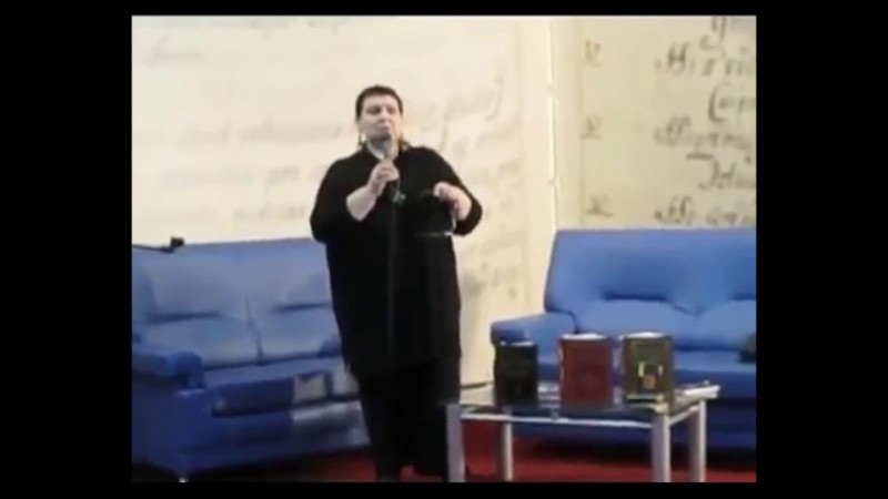 Светлана Жарникова.  Москва ВВЦ март 2011г