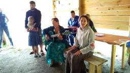 Наталья Котова с песней Банька на семинаре Родовая нить в Родовом поселении Радосвет